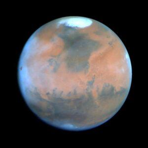 Eén van de poolkappen van Mars die aangroeit in de winter en verdwijnt in de zomer