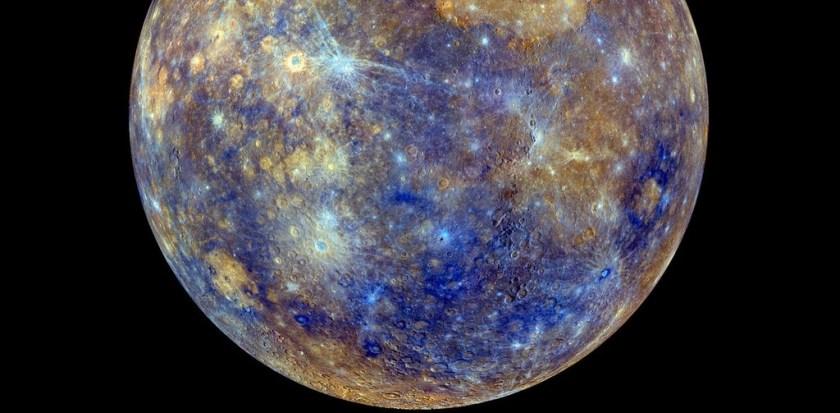 Mercurius in valse kleuren.