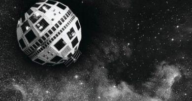 Artist impressie van de Telstar-1 in een baan om de Aarde. Credit: AT&T/ SuperStock/ Corbis/ NASA.