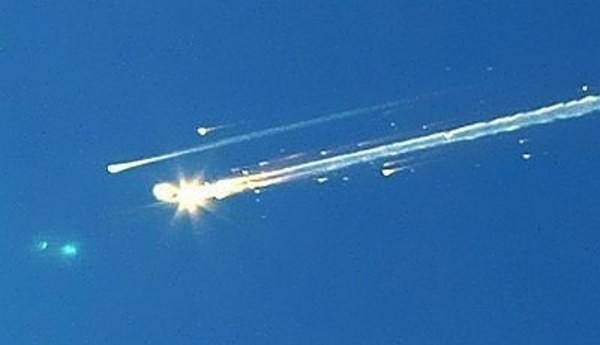 space shuttle Columbia valt uit elkaar