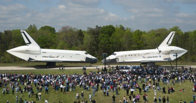 Space Shuttles Discovery en Enterprise