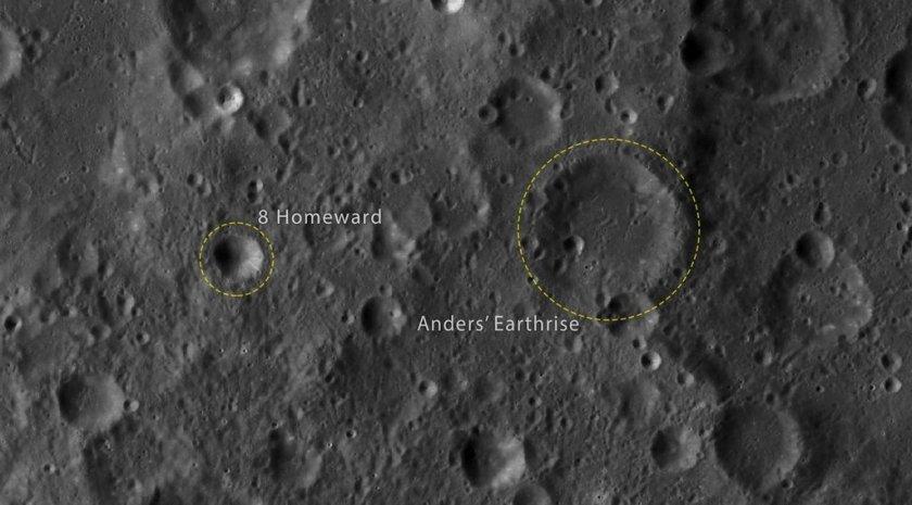 De twee maankraters die zijn vernoemd naar de Apollo 8