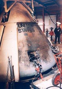 Apollo 1 na de brand