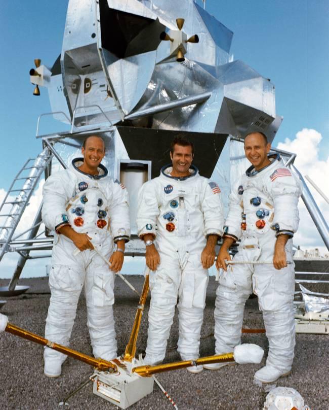 De bemanning van Apollo 12