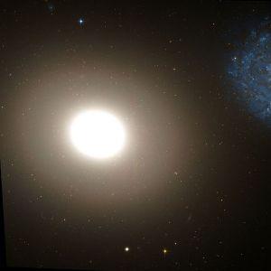Messier 60 in Virgo