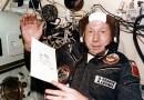 Leonov aan boord van de Apollo-Sojoez Test Project