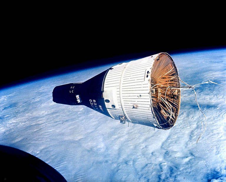 Gemini 6 gezien vanuit de Gemini 7