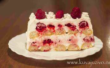 Brza torta sa piškotama i malinama