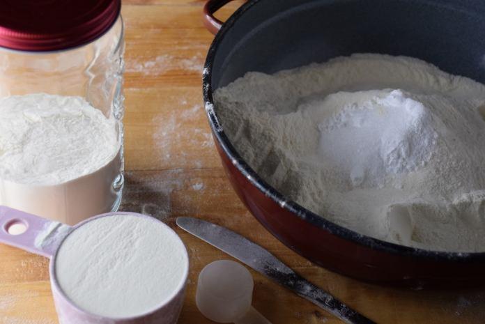 Kako da napravite samo-rastuće brašno?