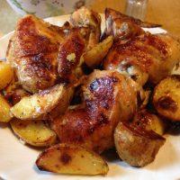 Fino i savršeno pečeno pile sa krompirom iz rerne