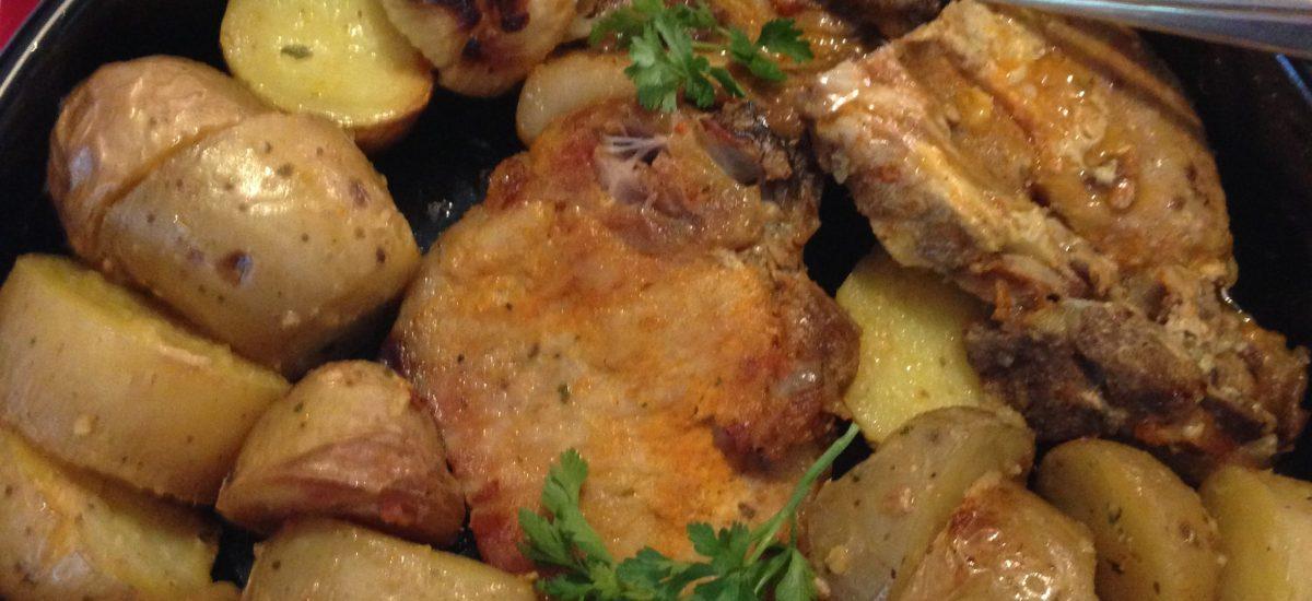 Pečene krmenadle u rerni sa krompirom i lukom