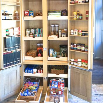 Portola Valley Perfect Pantry