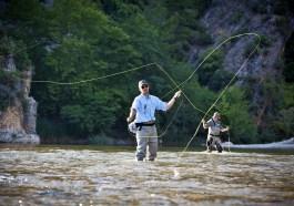 Fly Fishing Fish Angler Fisherman  - GLITTENBERG / Pixabay