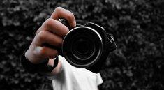 Camera Man Lens Focus Hand Tool  - luisambrosgomez / Pixabay