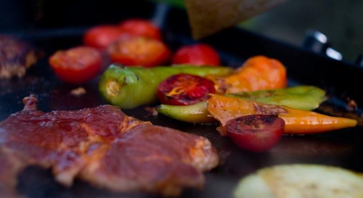 Planchon Baking Grill Meat Hot  - sosinda / Pixabay