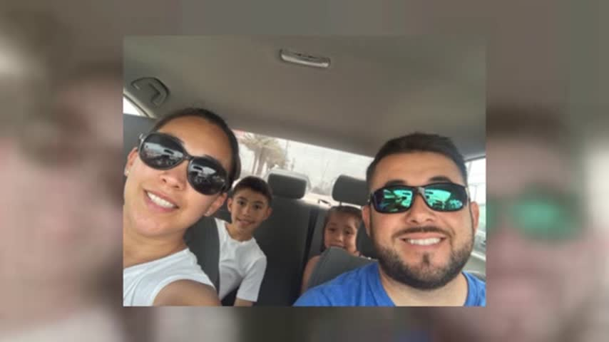 Brownsville Family Rescued From Rooftop_43781303