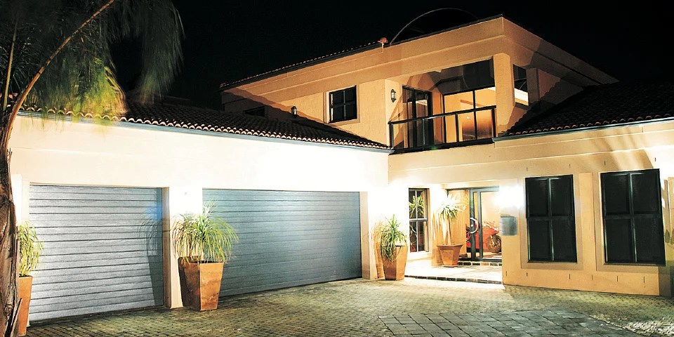 Alu lux garage doors