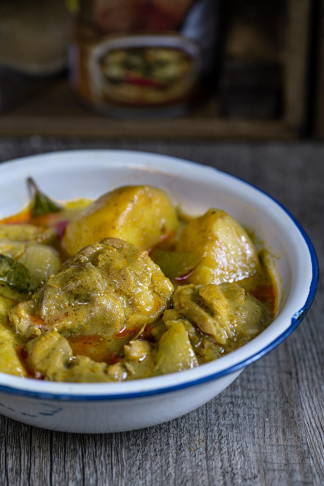 Pasta de curry amarillo, Pollo al curry amarillo, curry tailandés, cocina tailandesa, pollo con curry