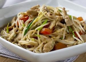 Salteado de brotes de soja, brotes de soja, cerdo, cocina tailandesa, cocina asiática