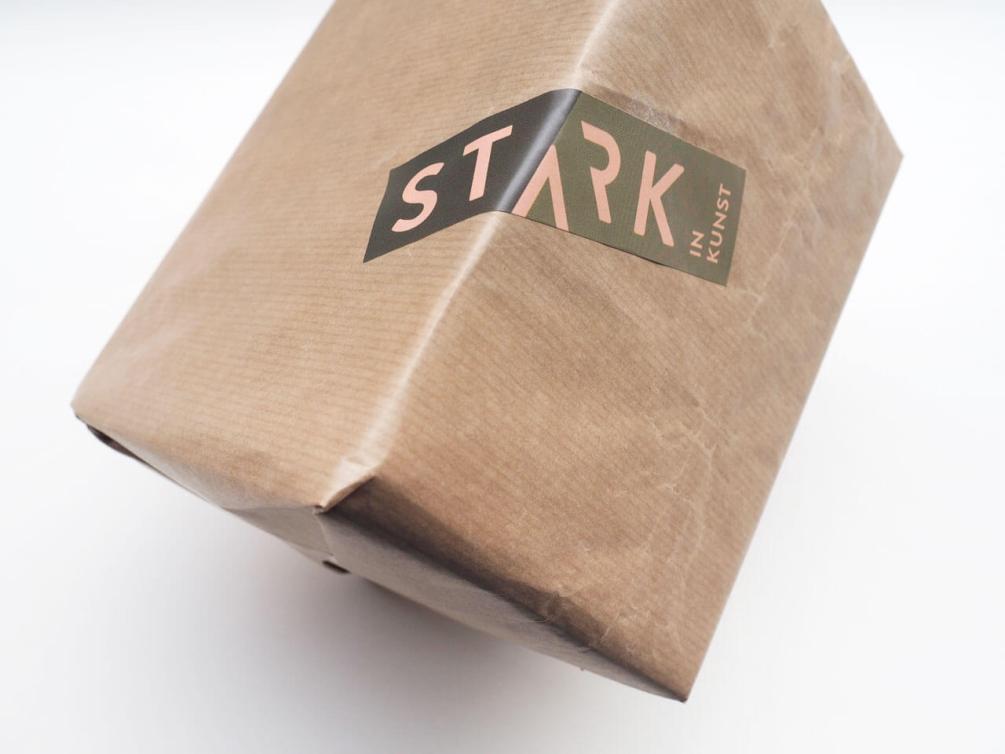 Identiteit Stark in Kunst