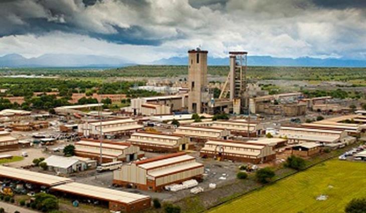 Poging van Zwane om toekomstige myntransaksies te vries, grens aan hoogverraad
