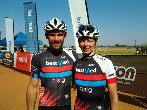 30 June Mountain Bike Dana en Sanet Coetzee