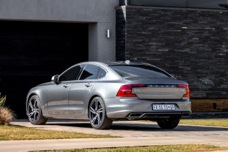volvo-s90-r-design-07_back1