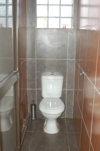 Gebou toilet bo