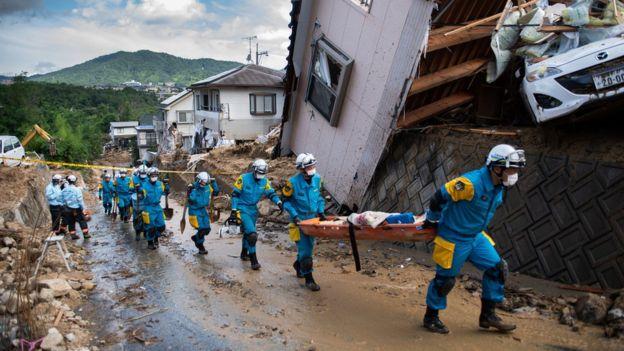 10 Julie Japan vloede 2