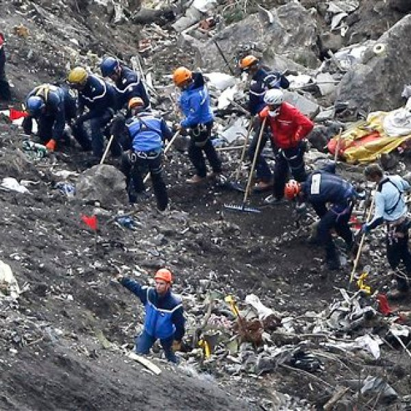 APTOPIX France Plane Crash_108912