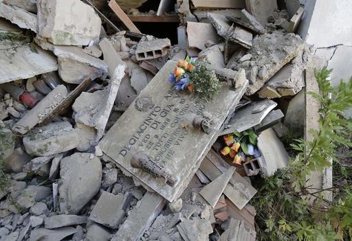 APTOPIX Italy Quake_340239