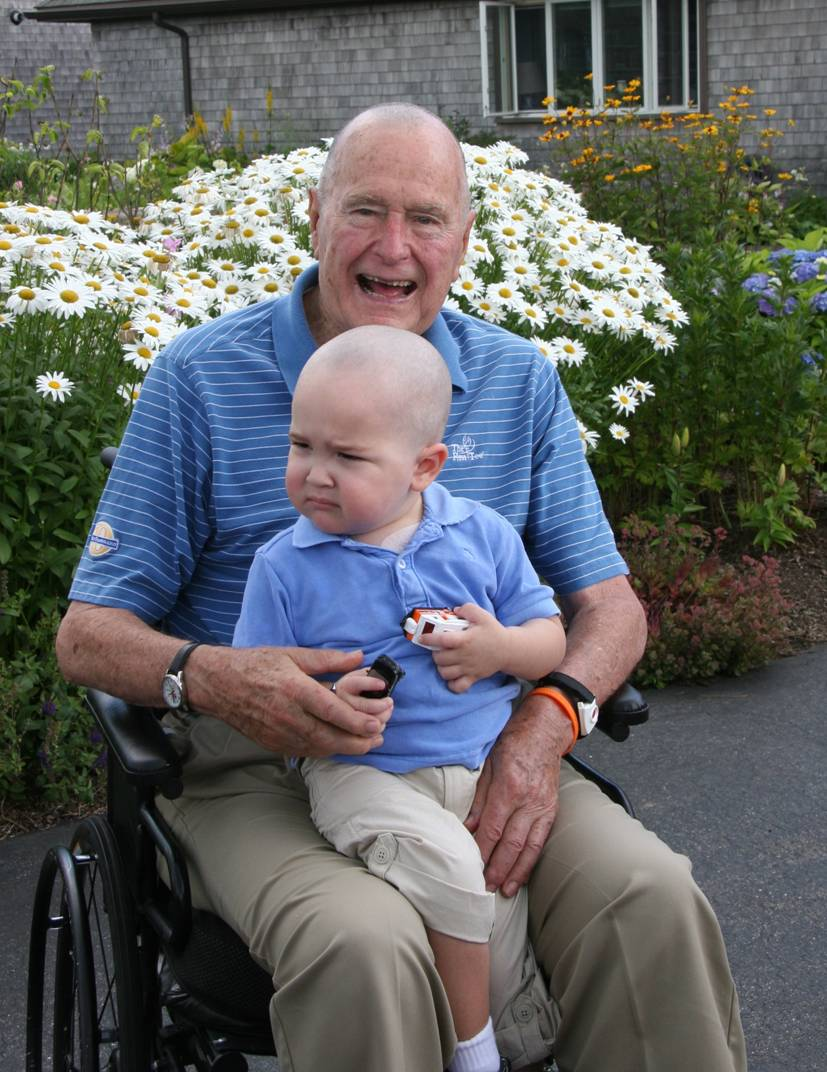 George H.W. Bush and Patrick (Twitter photo)_378022