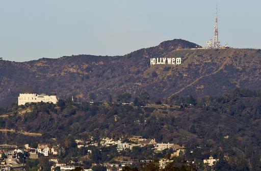 Hollywood Sign Vandalized_394140