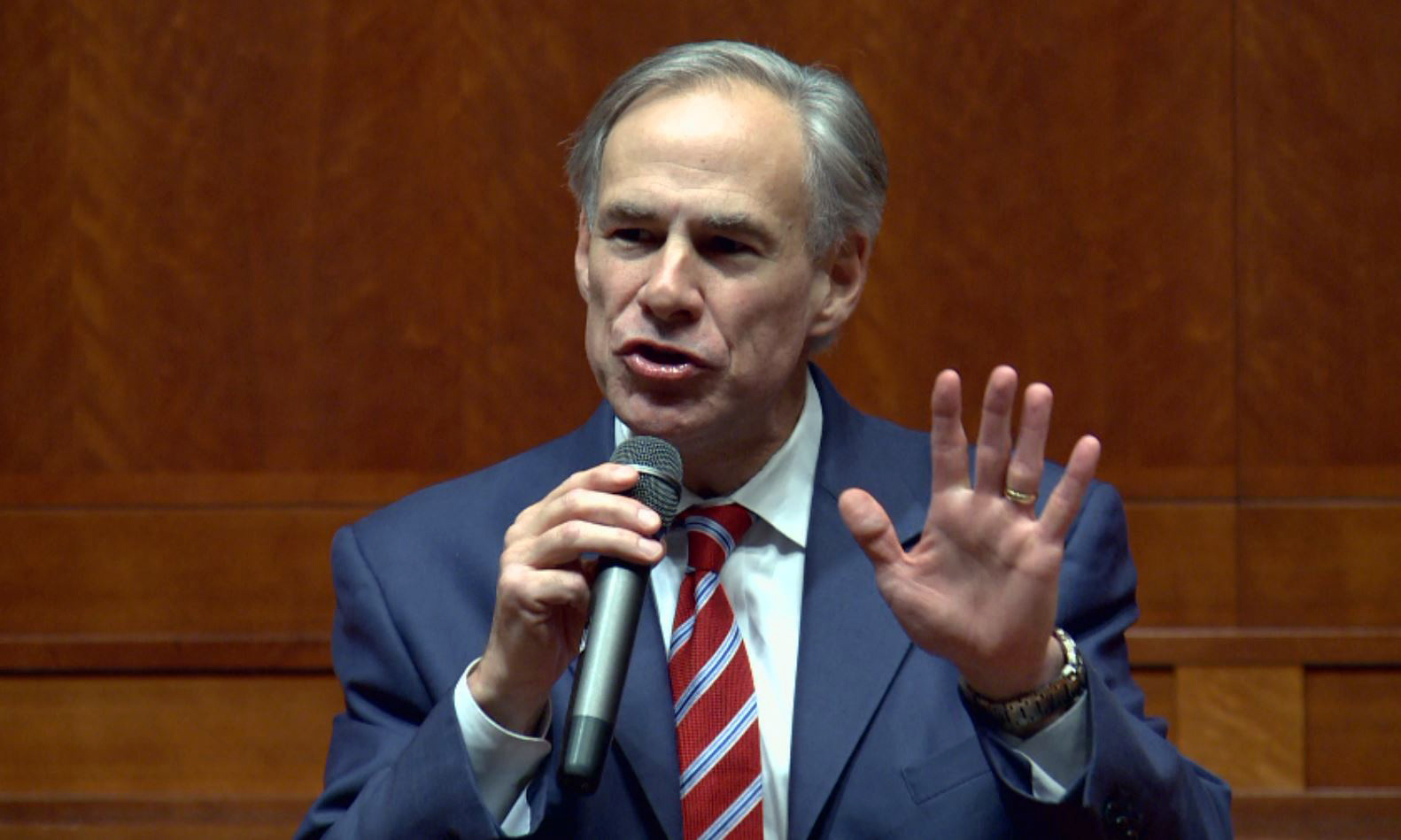 Gov. Greg Abbott at Convention of States filing_383839