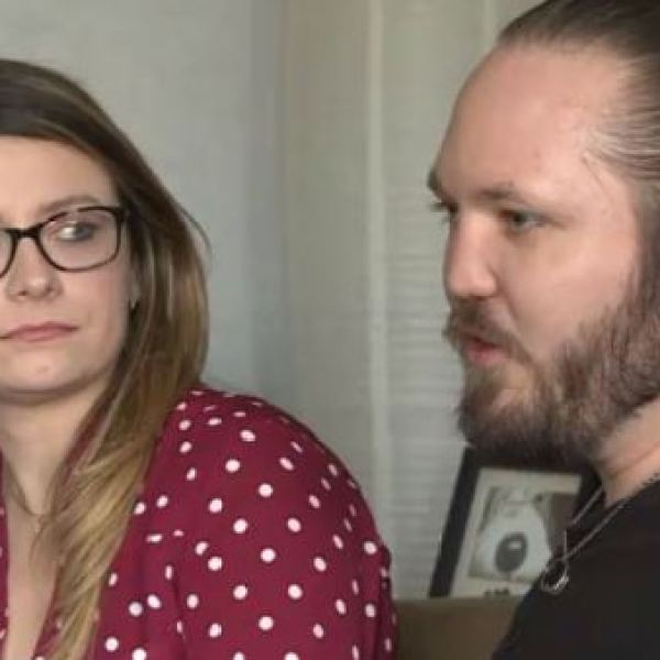 Parents shocked to find adoption agency closed_408712