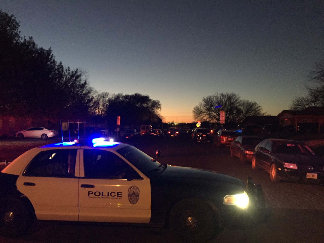 Police respond to a shooting on Purple Sage Drive, near LBJ High School, which seriously injured a man. Feb. 23, 2017_425050