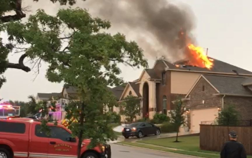 A house fire on Lookout Range Drive in Leander on July 24, 2017 (Courtesy_Patrick Rainwater)_512799