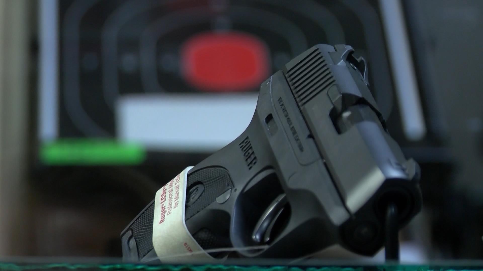 FILE - handgun, firearm, gun_463762