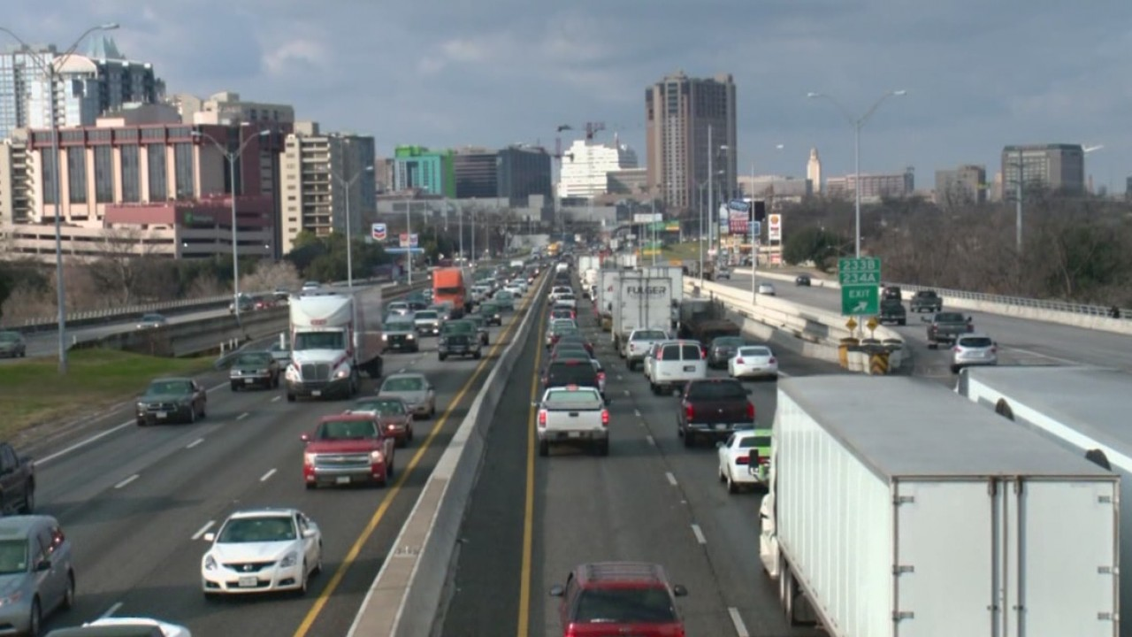 Plans for revamped I-35 include 4 toll lanes, getting rid of decks