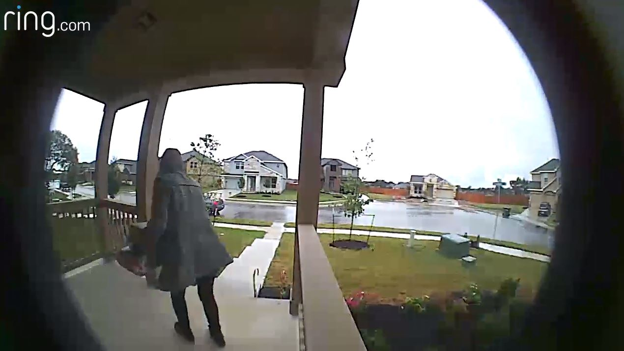 front porch thief leander_593940
