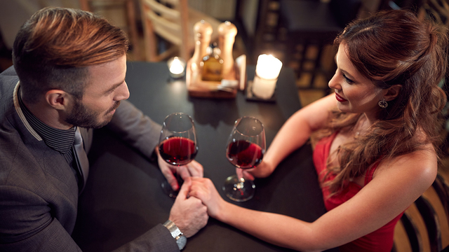 valentines-day-dinner-wine-happy-couple-romantic-love_1515533287088_329966_ver1-0_31347627_ver1-0_640_360_612625