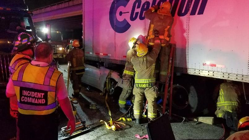 Multiple vehicle crash sends 3 to hospital