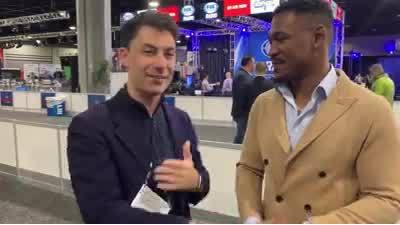 Middleweight superstar has best reason to root for Rams