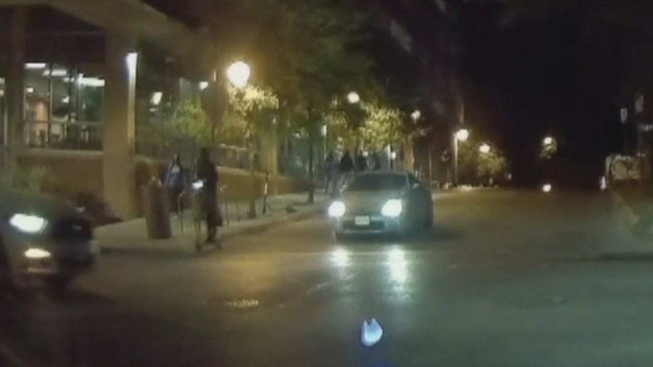 Video captures Jeep hit scooter rider, throw him into the street