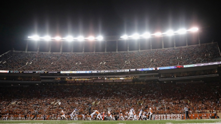Texas AD responds to report of no air conditioning in