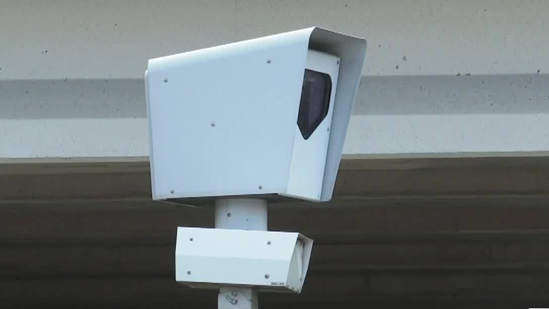 Bill_banning_red_light_cameras_in_Texas__3_88011883_ver1.0_1280_720_1559431941317.jpg