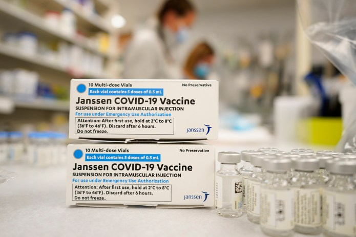 Texas gives green light to continue rollout of Johnson & Johnson vaccine after 11-day pause