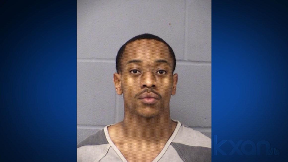 Tarell Deshawn Manson, 24 (Austin Police Department Photo)