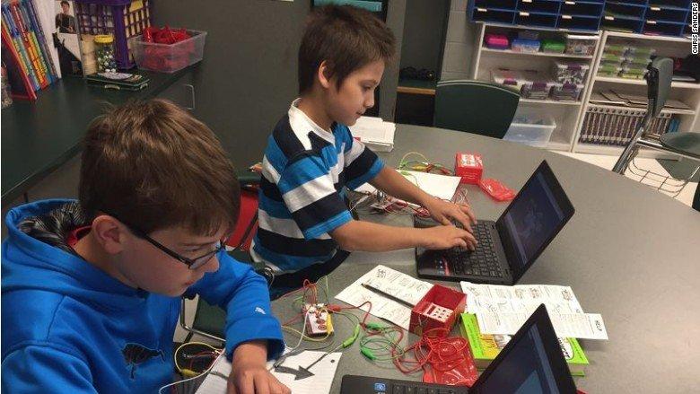 nonprofit helps poor schools with tech, Chris Sanders, Cybersecurity47977792-159532