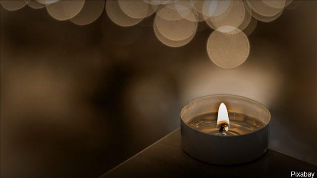 memorial_candle_mgn_1552066383352.jpg